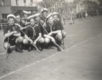 1940-1949004